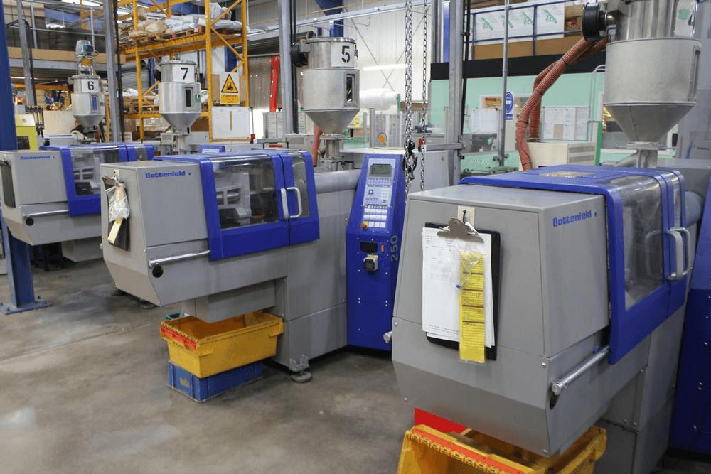 What are different plastic die mould manufacturer moulding techniques?